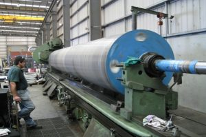 Cylindrical grinding of large rolls